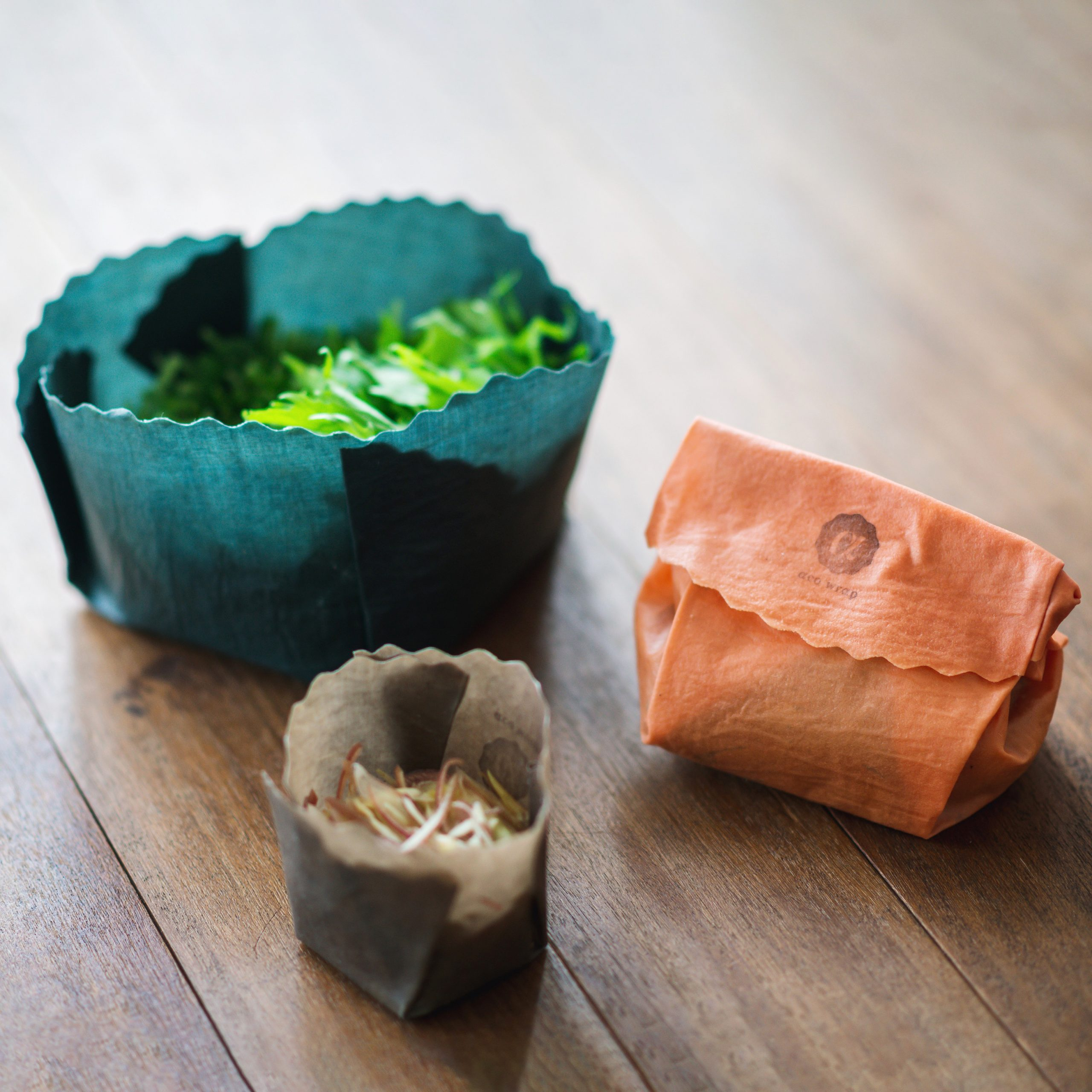 エコラップバッグに入った野菜